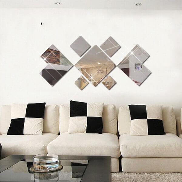 Decoração de sala simples e barata com espelhos
