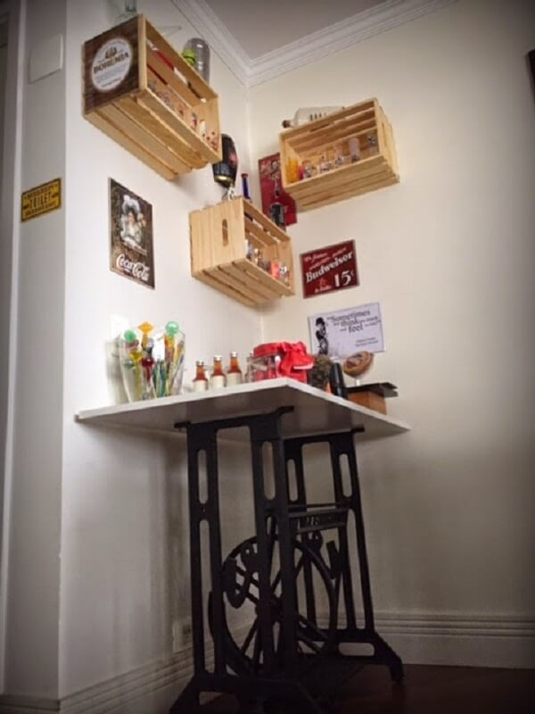 Decoração de sala simples e barata do barzinho