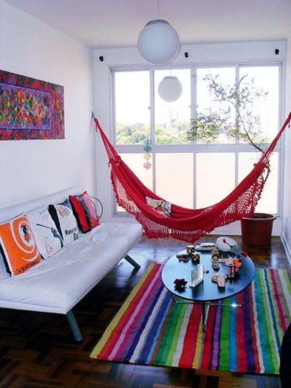 Decoração de sala simples e barata em apartamento pequeno