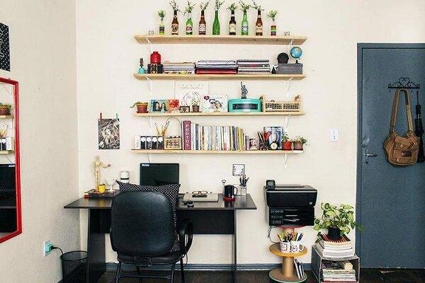 Decoração de sala simples e barata para home office