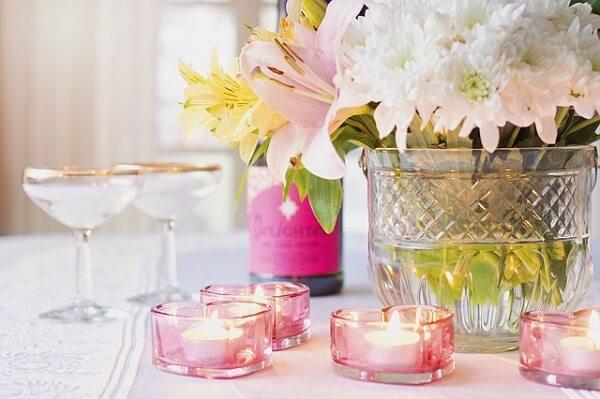 Decoração dia das mães em mesa elegante