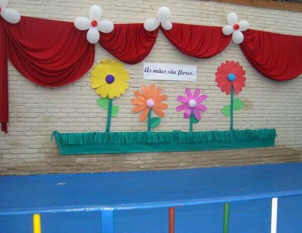 Decoraç u00e3o Dia das M u00e3es +67 Lindas Inspirações para Celebrar -> Decoração Dia Das Maes Escola