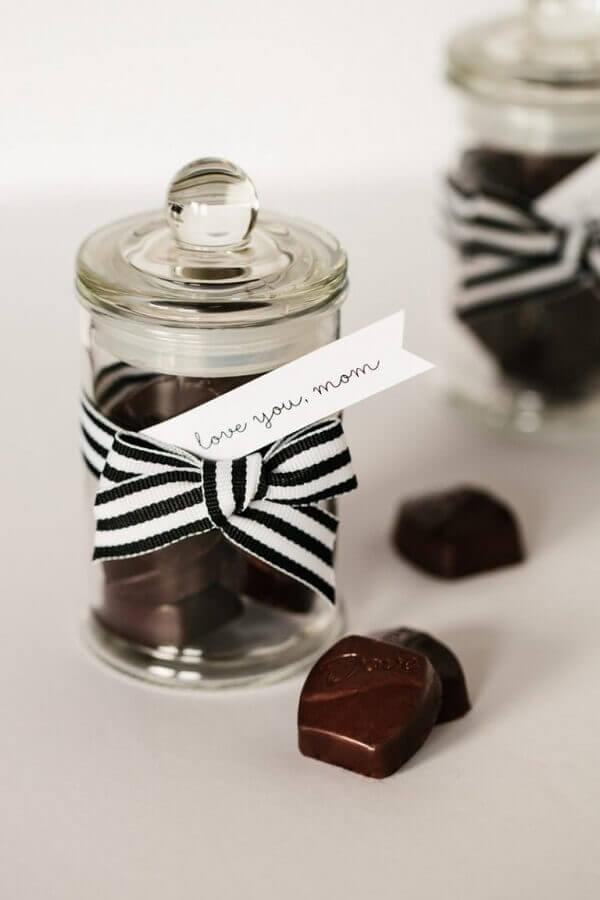 Decoração dia das mães potinho com chocolate