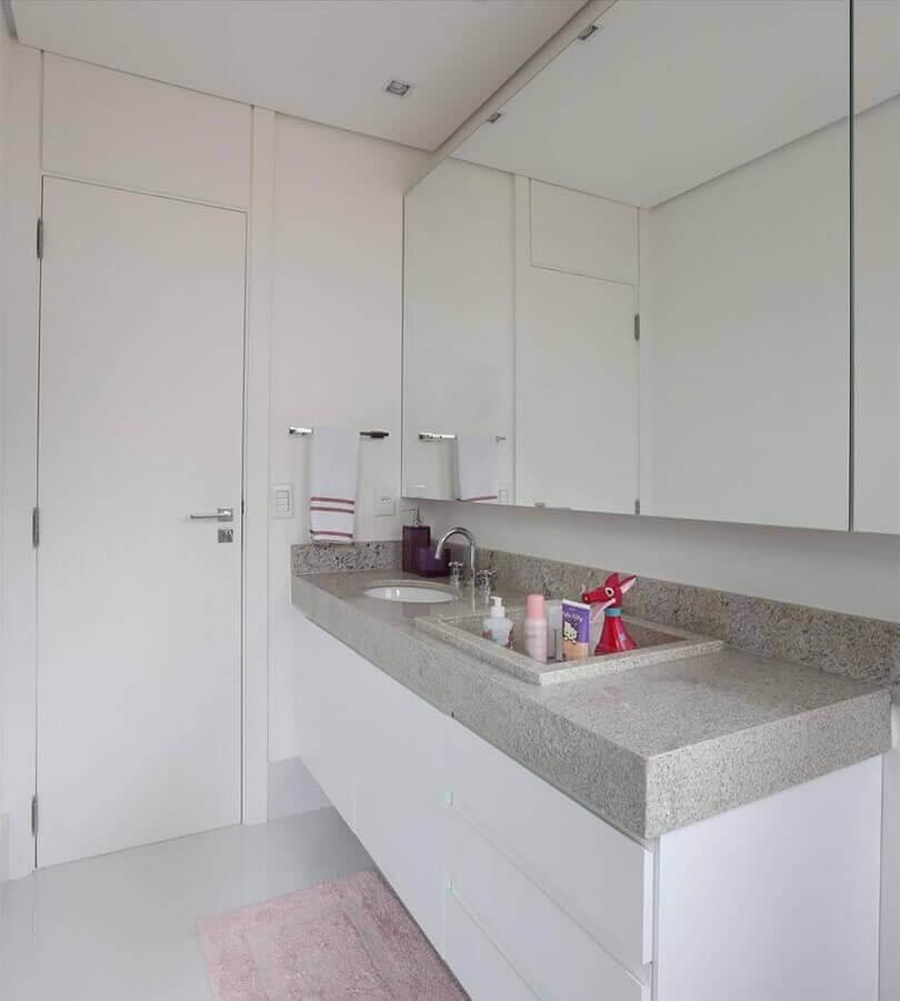 Granito branco Ceará para decoração de banheiro todo branco Foto Tamparoofer