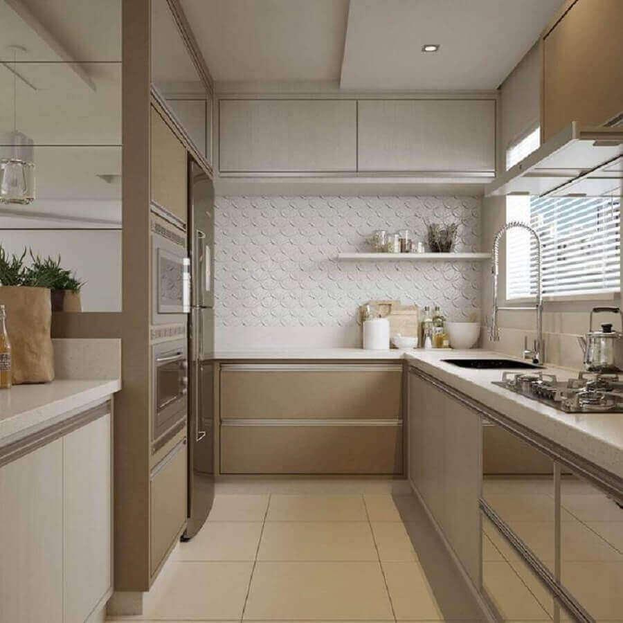 Granito branco Itaúnas para decoração de cozinha planejada em tons neutros Foto Ambientálize Arquitetura