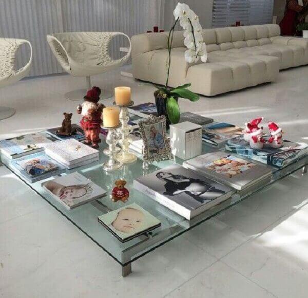 Na casa da Ana Hickmann a mesa de centro e de vidro