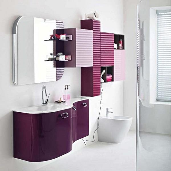 Roxo na decoração do banheiro