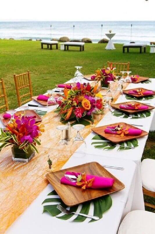 arranjo de flores para festa luau decorada Foto Wedding Ideas