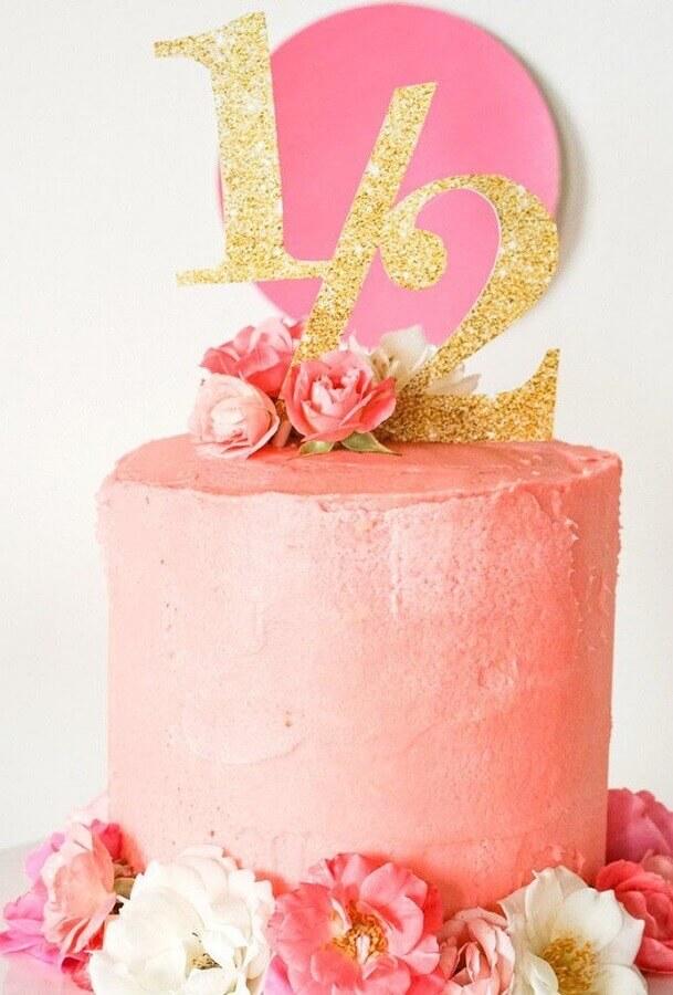 bolo mesversário feminino decorado com rosas Foto Neu dekoration stile