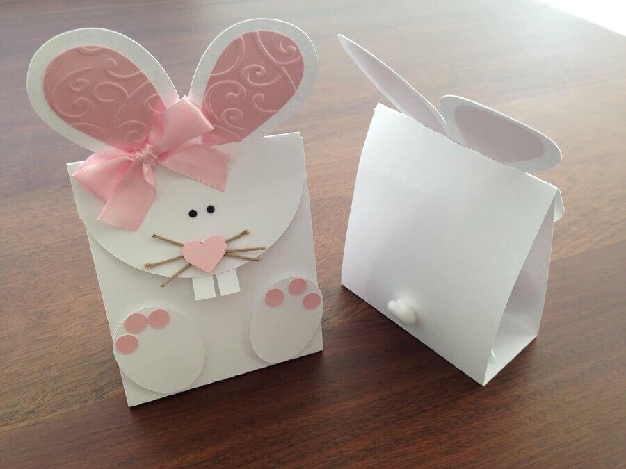 caixinha branca decorada em formato de coelho para lembrancinhas de páscoa Foto By Steph