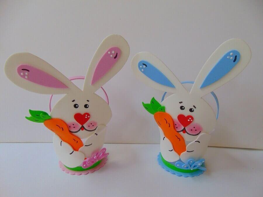 cestinhas em formato de coelho de lembrancinhas de páscoa em eva Foto Ateliê Mimos da Mari Personalizados
