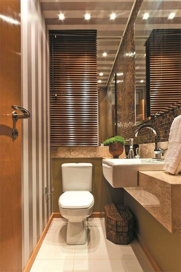 cuba para lavabo pequeno decorado com papel de parede listrado Foto Sham Store