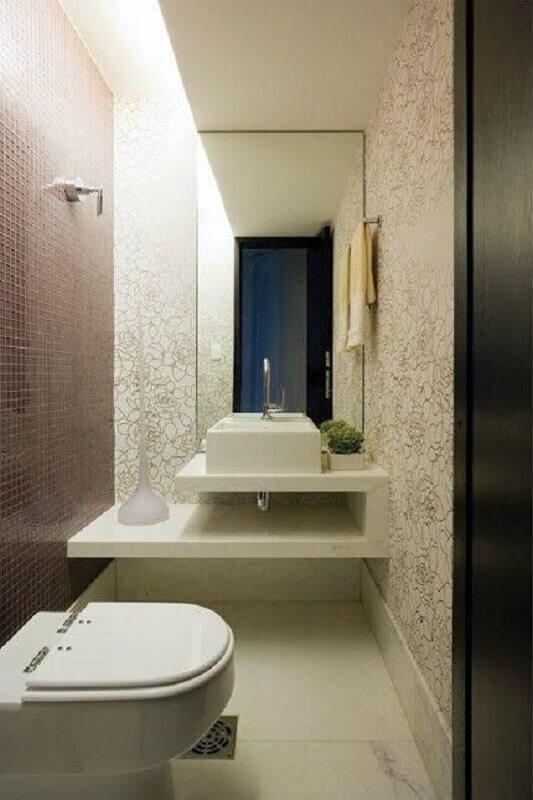 cuba para lavabo pequeno decorado com pastilha e papel de parede  Foto Pinterest