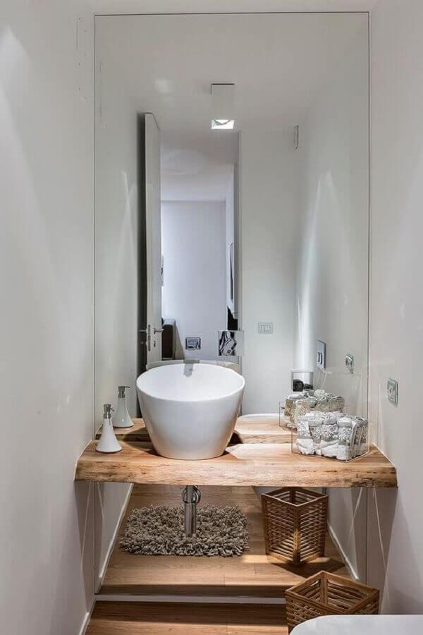 decoração com cuba para lavabo pequeno com bancada de madeira  Foto Pinterest