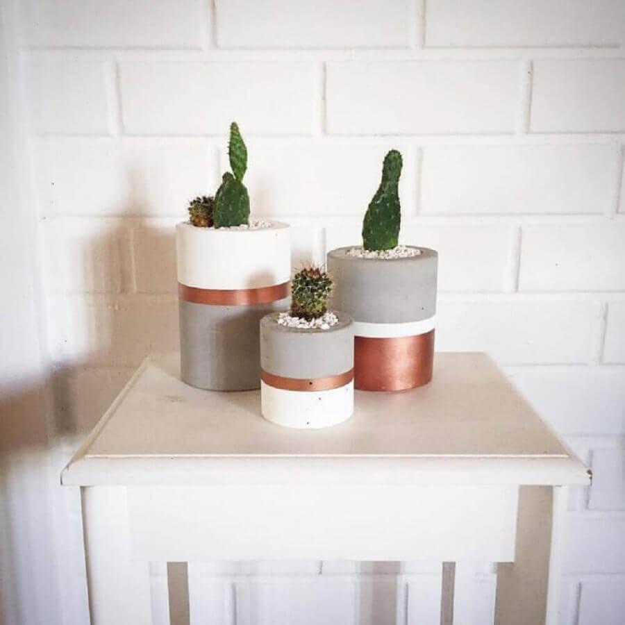 decoração com vasos de plantas na cor cobre Foto Decorpor2 Monica Rafael
