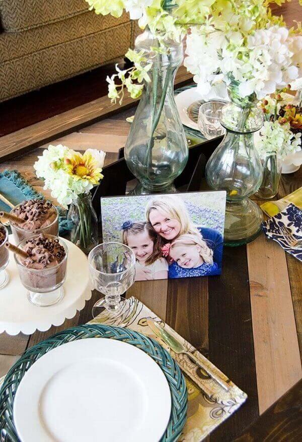 decoração dia das mães com fotos para mesa
