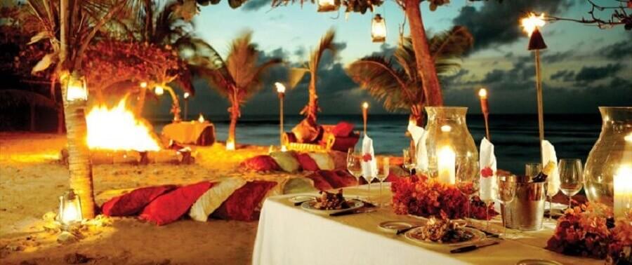 decoração para festa luau simples na praia Foto Bright Yonder
