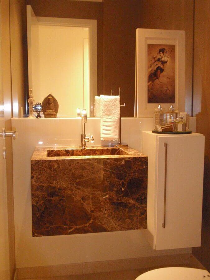 decoração sofisticada com cuba esculpida para lavabo  Foto Débora Bz Brandão