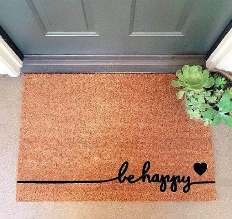 delicado tapete capacho escrito be happy Foto Mi Casa es Feng