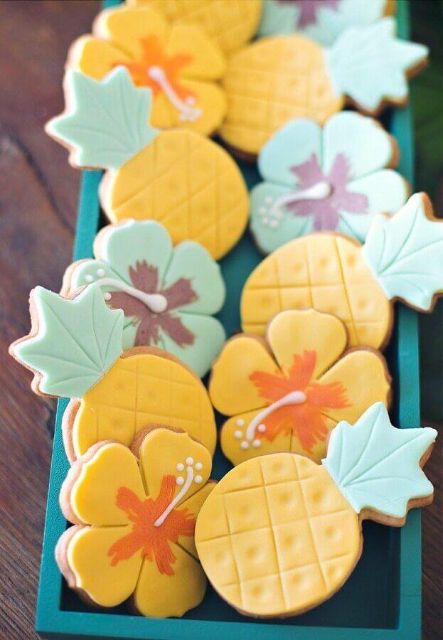 docinhos personalizados para festa luau havaiana Foto Pinterest