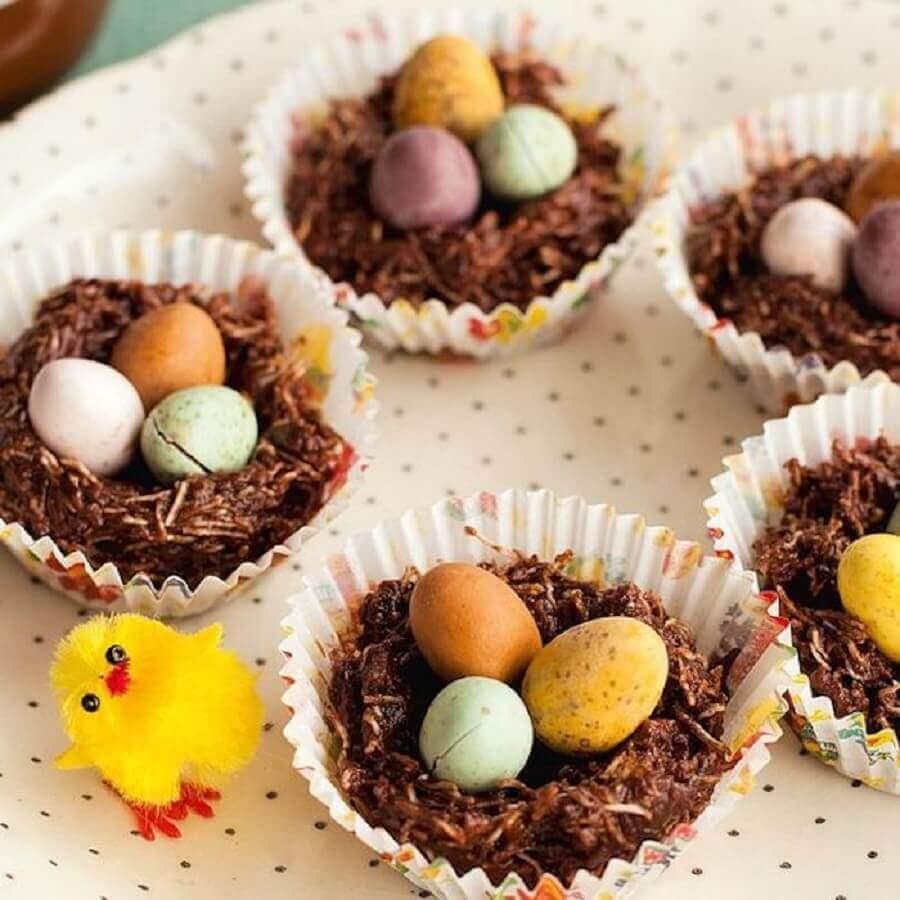lembrancinhas de páscoa com cestinha de chocolate com ovinhos coloridos Foto Air Freshener