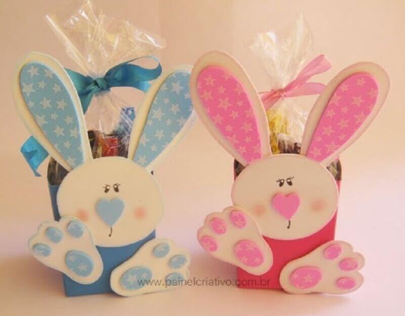 lembrancinhas de páscoa em eva com cestinha recheada de chocolates  Foto Sonho Fantasia RP