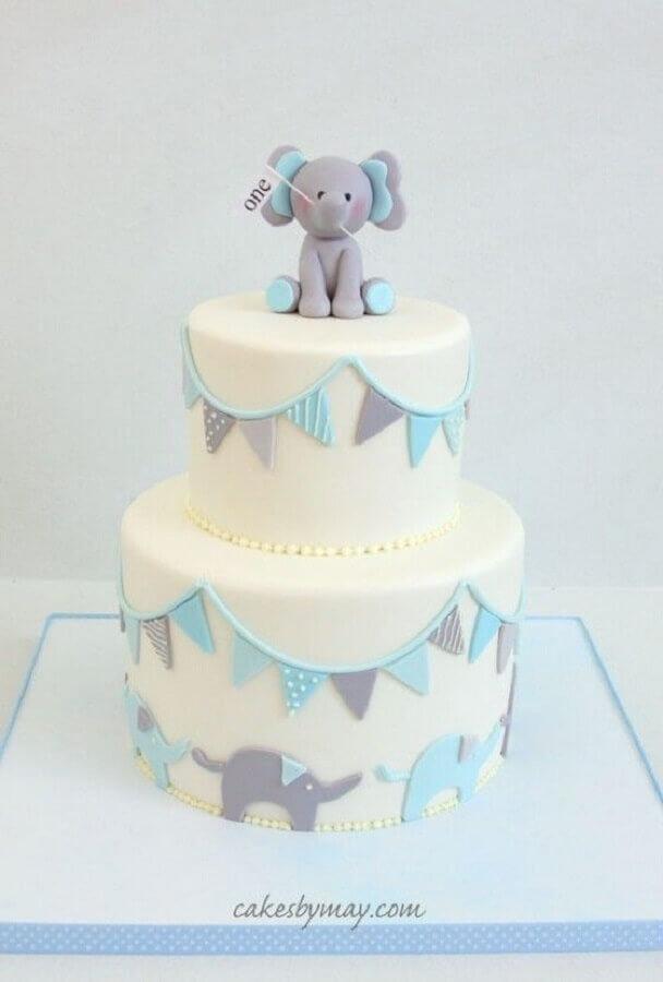 lindo bolo mesversário dois andares decorado com bebê elefante Foto Cakes by May