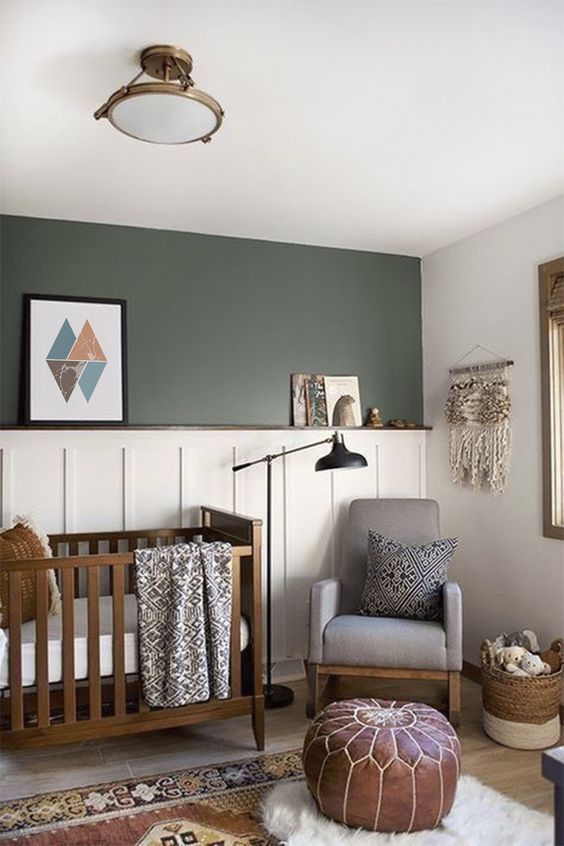 Lustre para quarto de bebê simples em verde e branco
