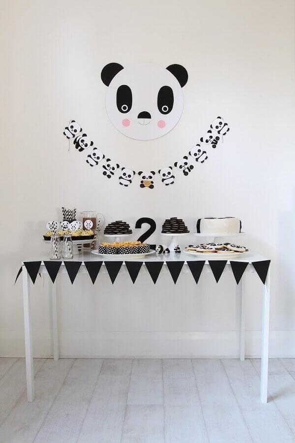 mesversário simples decorado com o tema urso panda Foto Air Freshener