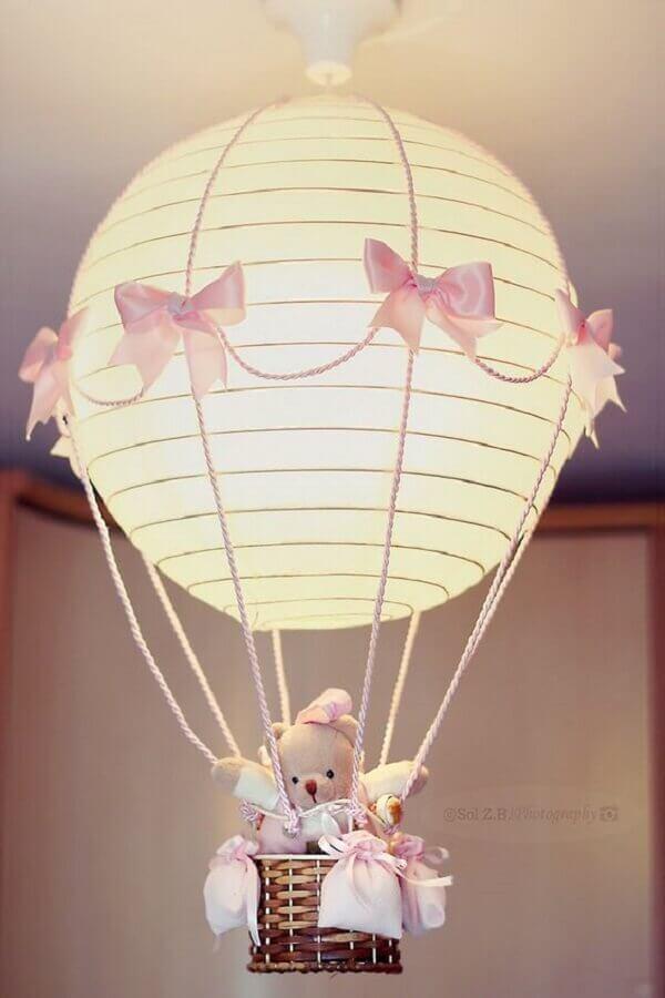 modelo de lustre balão para quarto de bebê feminino Foto Pinterest