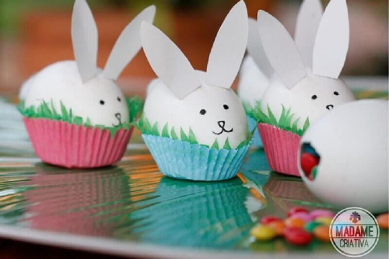 ovos brancos decorados para lembrancinhas de páscoa  Foto Madame Criativa