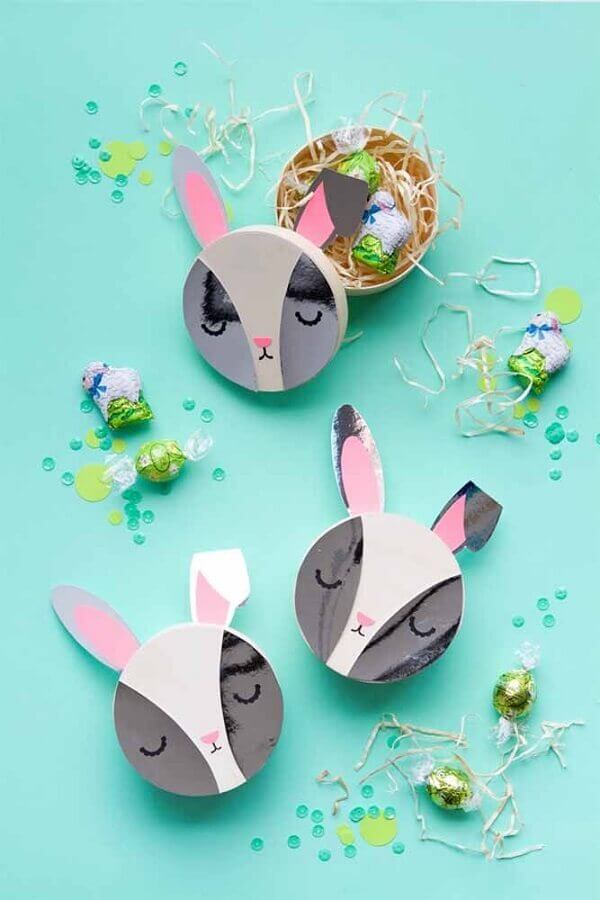 potinhos personalizados com carinha de coelho para lembrancinhas de páscoa Foto Pinterest