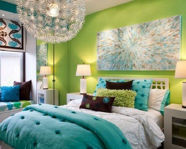 A combinação entre as tonalidades azul turquesa e verde