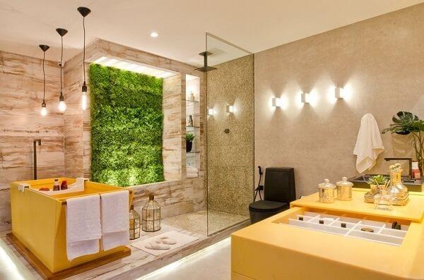 As plantas de banheiros podem formar um jardim vertical