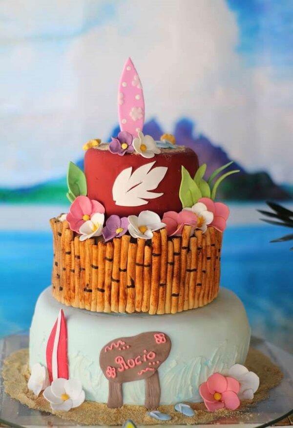 Bolo criativo para festa havaiana