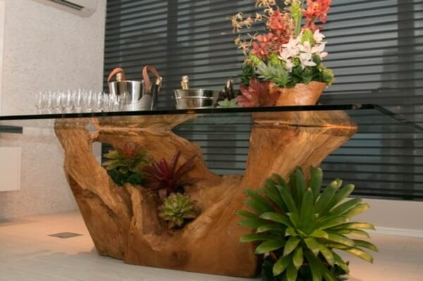 Bromélia é uma planta ornamental ideal para decorar eventos