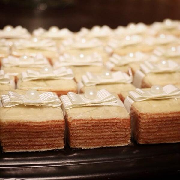 Chá de casa nova bolo de rolo como bem casado