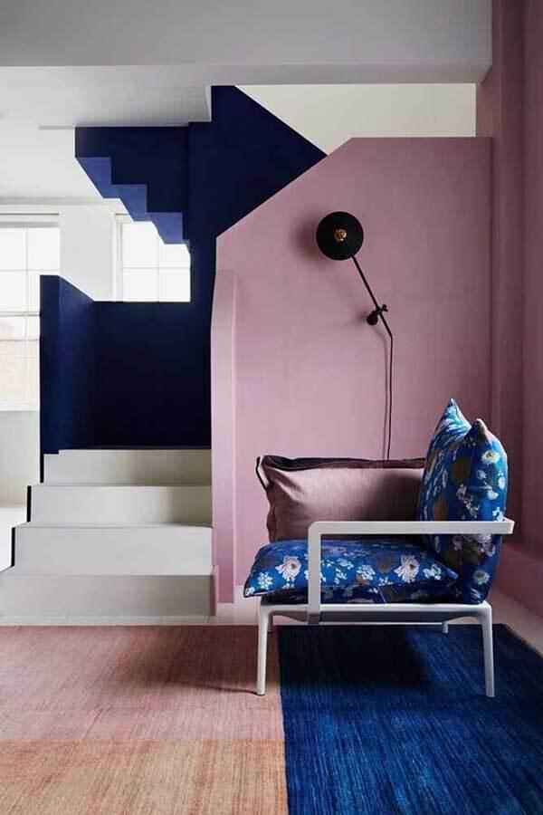 Cor lilás na decoração de sala