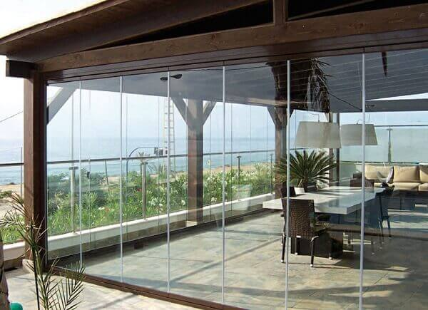 Cortina de vidro para integrar ambientes