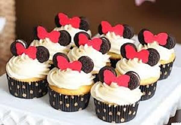 Cup cake com orelhas de bolacha negresco