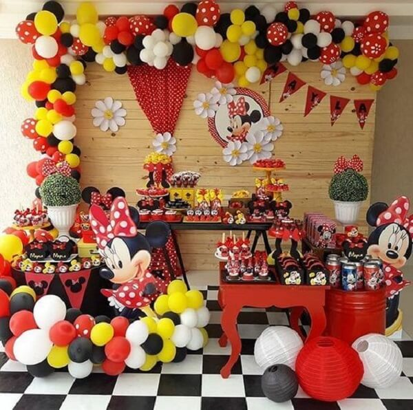 Decoration for minnie's party