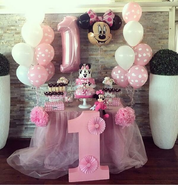 Decoração intimista para festa infantil da Minnie rosa