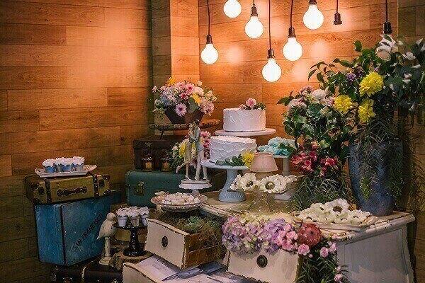 Festa intimista com decoração vintage casamento