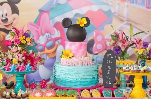 Festa da Minnie com temática tropical