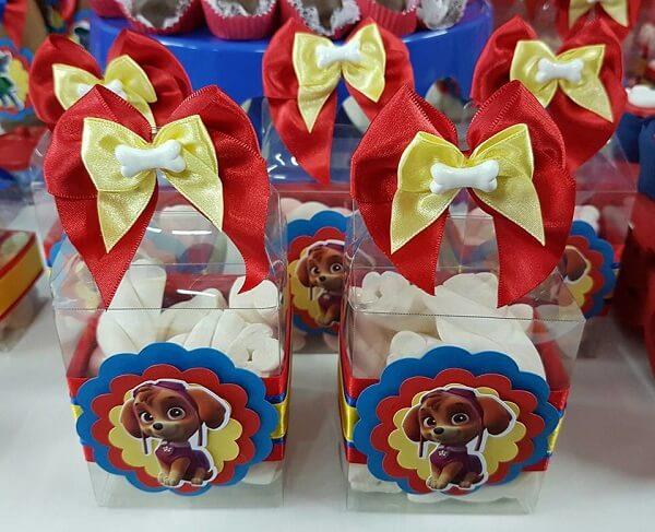 Marshmallow em caixinhas de acetato para os convidados