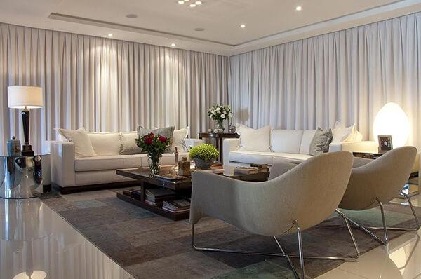 Modelos de cortinas em sala de estar grande