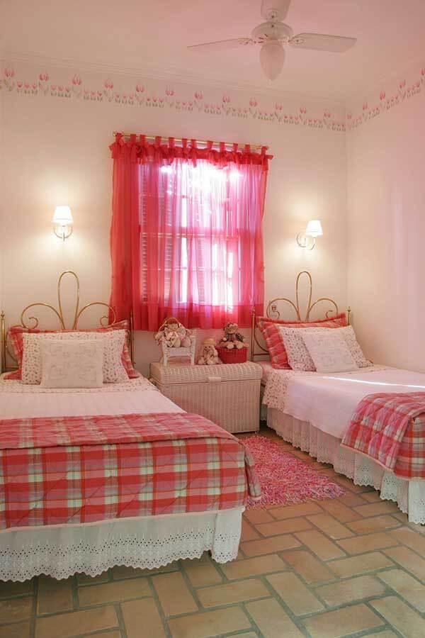Modelos de cortinas para quarto de menina