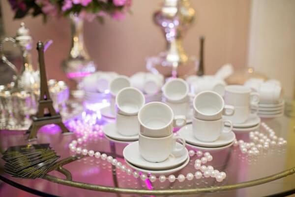 Nada mais clássico do que utilizar pérolas na decoração vintage