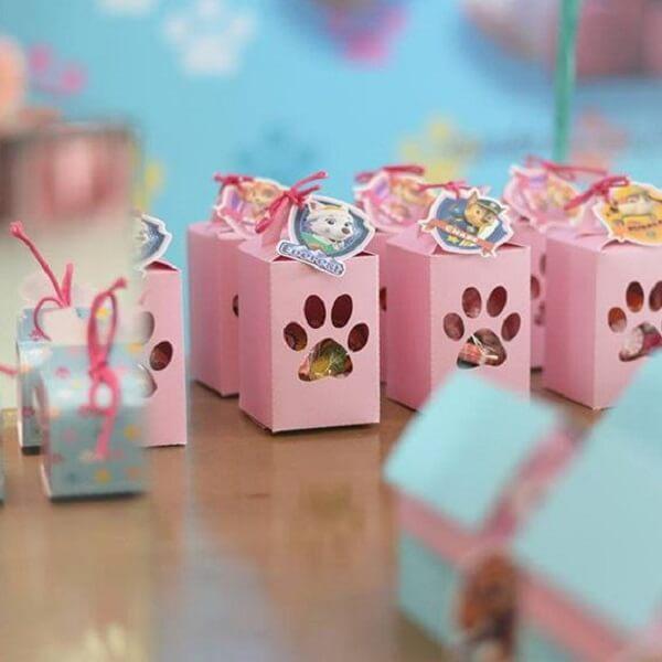 Kit festa patrulha canina feita de caixinha personalizada com patinhas