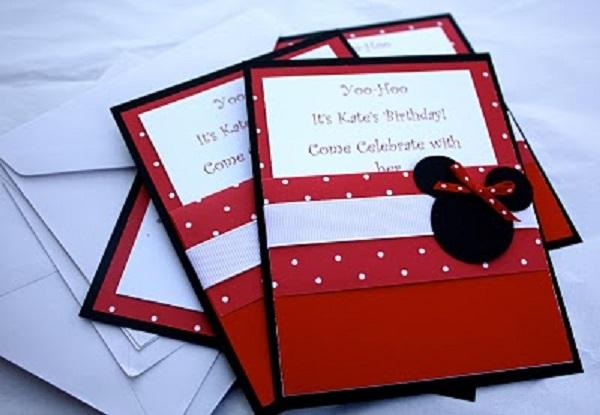 Convites para festa da Minnie